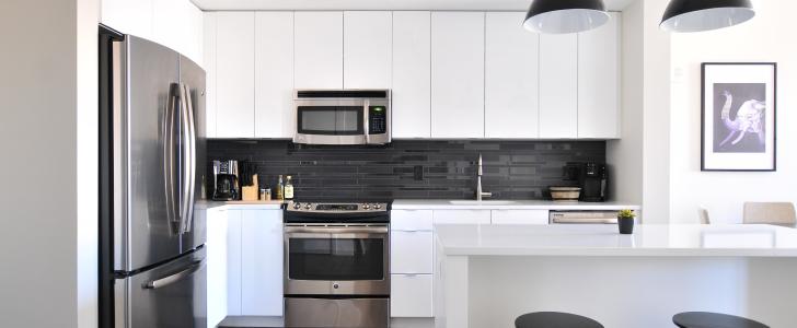 Kitchen Cabinet Facelift